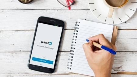 10 Alternative Websites to LinkedIn